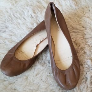 Talbots brown leather flats shoes